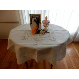 Embroidered Crochet Medium Tablecloth